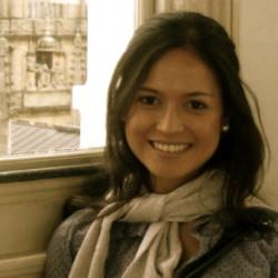 Dr Thana  de Campos