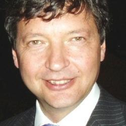 Dr Roman  Cholij